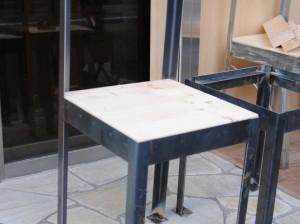 溶接で椅子を作成